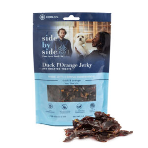 Duck_l_Orange SideBySidePet_Treat_front_package_with_sample_in_front